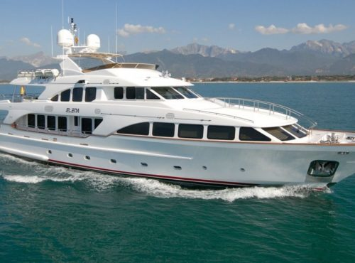 Superyacht Benetti 122 with 5 cabins