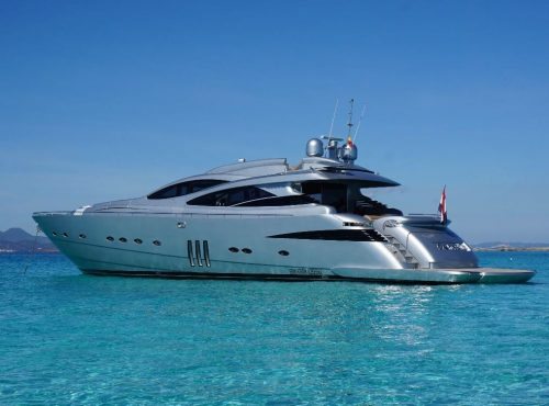 Ibiza rent Superyacht Pershing 90 with 4 cabins