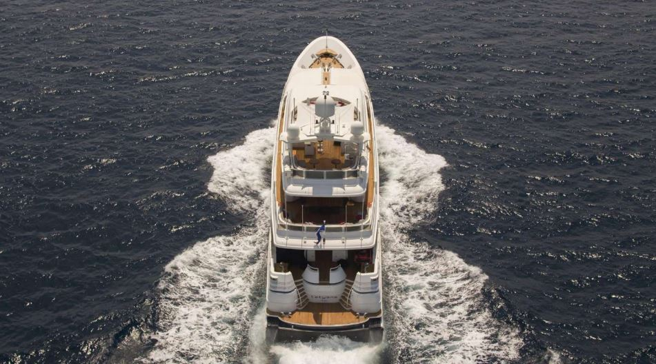envy yacht charter 2